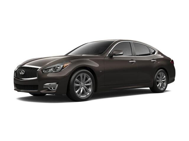 2018 INFINITI Q70 3.7X Luxe Sedan
