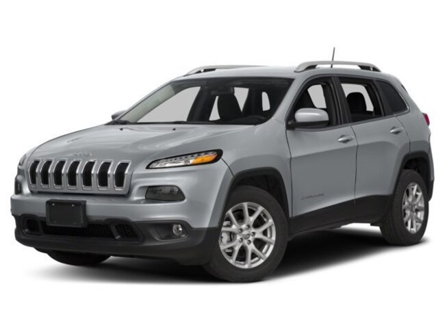 New 2018 Jeep Cherokee Latitude Wagon Fairfield IL