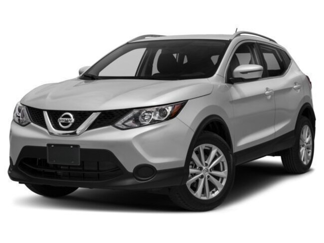 New 2018 Nissan Rogue Sport SV SUV in Lebanon NH