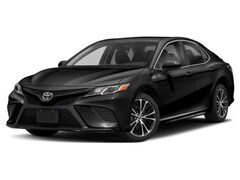 New 2018 Toyota Camry XSE Sedan in Flemington, NJ