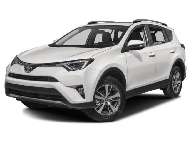 New 2018 Toyota RAV4 XLE SUV near Middletown CT