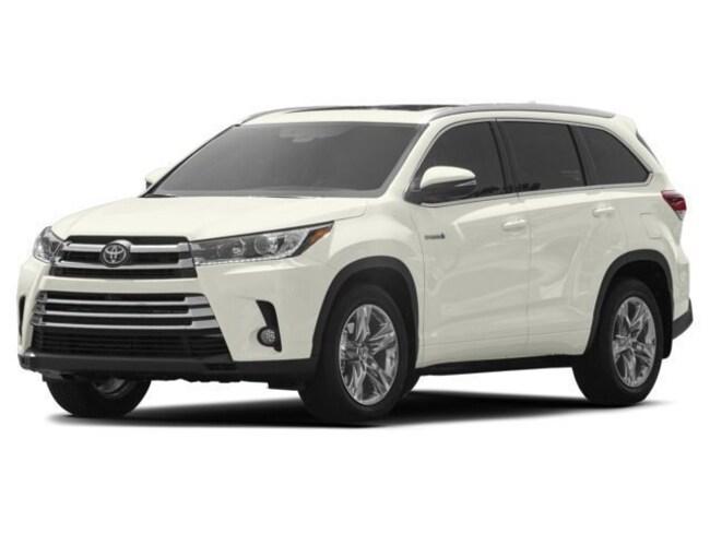 New 2018 Toyota Highlander Hybrid Limited V6 SUV for sale in the Brunswick, OH