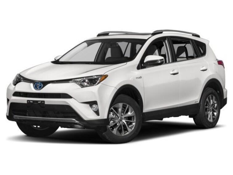 Certified, Pre-owned  2018 Toyota RAV4 HYBRID XLE CP in Bellevue, WA