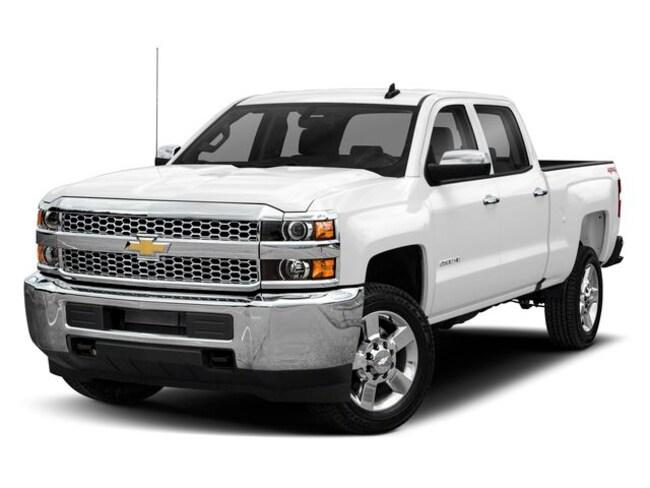 New 2019 Chevrolet Silverado LT Truck Crew Cab   Hays, Dodge City & Garden City