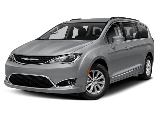 2019 Chrysler Pacifica TOURING L Passenger Van serving Buffalo