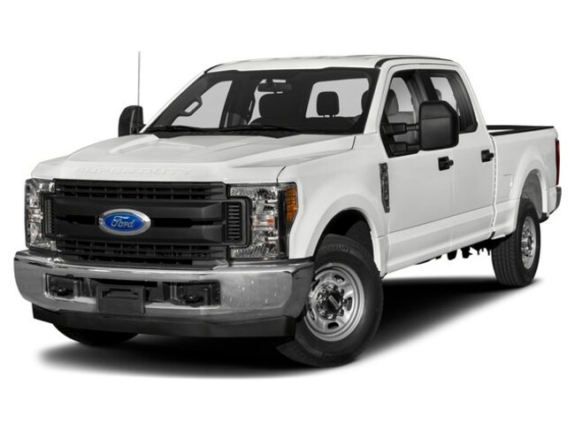Used 2019 Ford Super Duty F-250 4WD Crew Cab Box Truck in Huntsville, TX