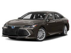 New 2019 Toyota Avalon Hybrid Limited Sedan