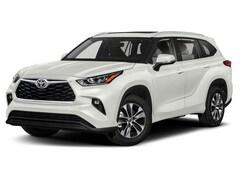 New 2020 Toyota Highlander XLE SUV for Sale in Dallas TX