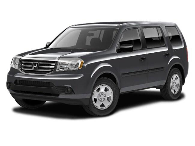 Used 2015 Honda Pilot LX SUV near Hartford
