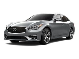 2015 INFINITI Q70 5.6 with Deluxe Touring Package Sedan