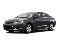 2016 Chrysler 200 Limited Car