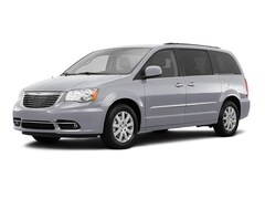 Used 2016 Chrysler Town & Country Touring Van LWB Passenger Van in Richmond, VA