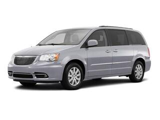 2016 Chrysler Town & Country Touring Wagon