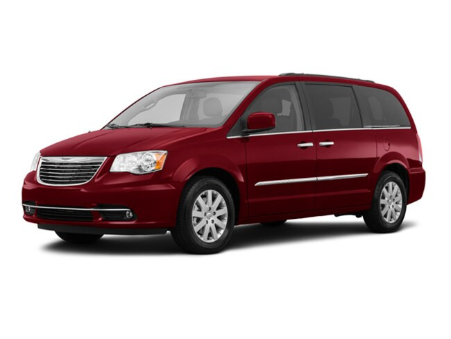 Used 2016 Chrysler Town & Country Touring Wagon Butler, OH