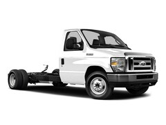 Used 2016 Ford Econoline 450 Cutaway Base DRW Chassis Truck for sale in South Haven, MI