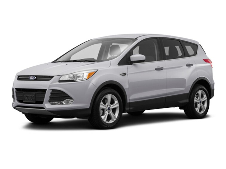 Used 2016 Ford Escape SE SUV in Webster, MA