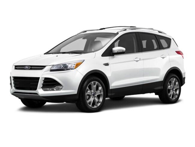 2016 Ford Escape FWD  Titanium SUV