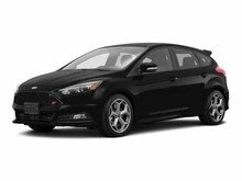 2016 Ford Focus ST Base Hatchback
