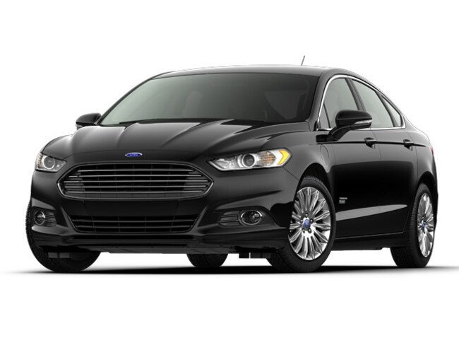 2016 Ford Fusion Energi SE Luxury Sedan