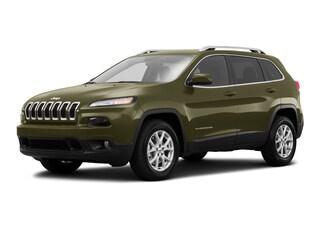Used 2016 Jeep Cherokee Latitude 4x4 SUV 1C4PJMCB1GW115391 J190079A in Brunswick, OH
