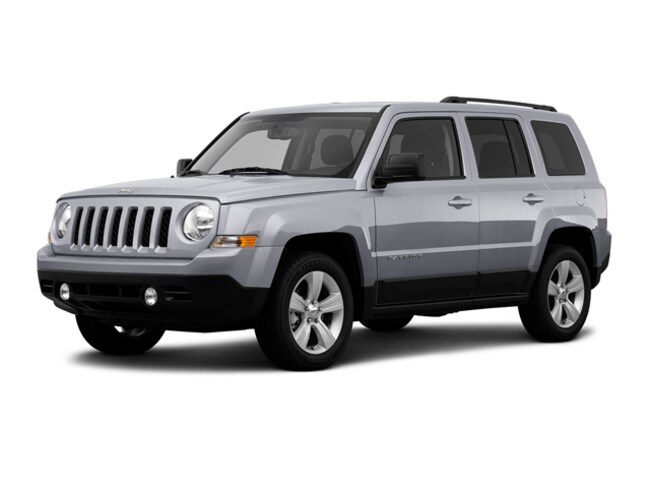 Used 2016 Jeep Patriot Latitude 4x4 SUV for sale in the Brunswick, OH