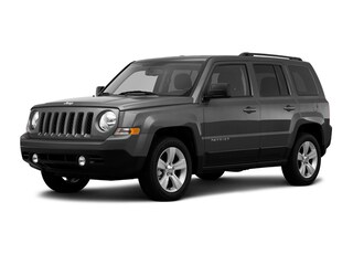 Used 2016 Jeep Patriot Latitude 4x4 SUV 1C4NJRFB0GD696717 J181227A in Brunswick, OH
