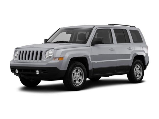 Certified 2016 Jeep Patriot Sport dark slate gray interior 49764 miles Stock 32187A VIN 1C4NJ