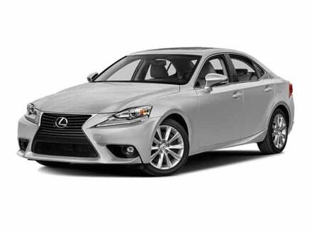 2016 LEXUS IS 200t Premium Navigation Package Sedan