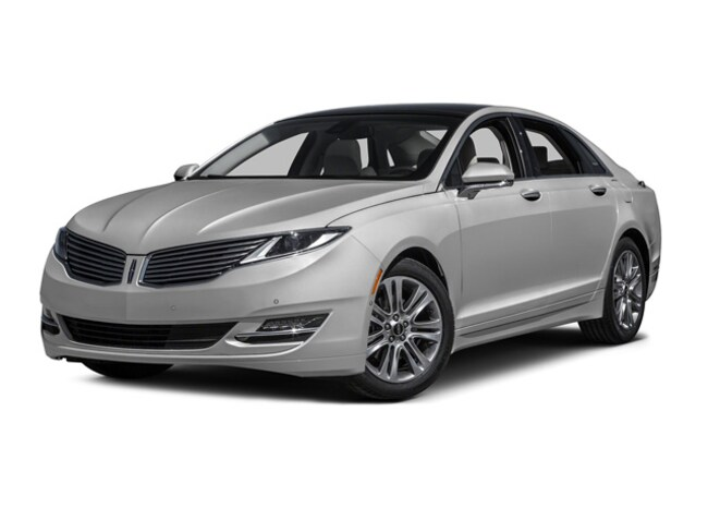 2016 Lincoln MKZ AWD V6 Reserve with Navigation and Moon Roof Sedan