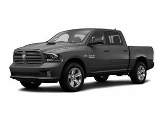 2016 Ram 1500 Sport C/C 4x4 - Heated Seats & Wheel! Remote Start! Truck Crew Cab