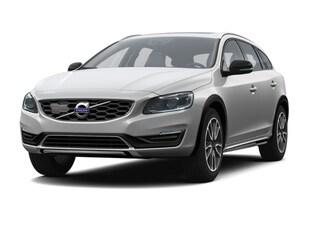 2016 Volvo V60 Cross Country T5 Platinum Wagon