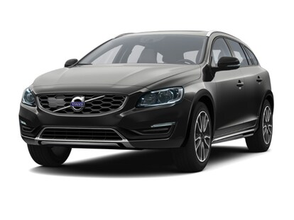 Used 2016 Volvo V60 Cross Country For Sale at Volvo Cars