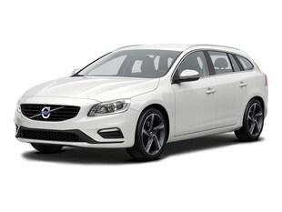 2016 Volvo V60 T6 R-Design AWD *Ltd Avail*