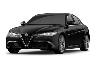 2017 Alfa Romeo Giulia Ti Lusso with All Safety Packages, Only 30,000 km! Sedan BI7930