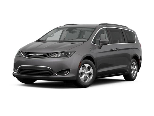 2017 Chrysler Pacifica Hybrid Premium SOLD Minivan