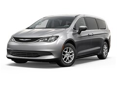 New 2017 Chrysler Pacifica LX Van in Fairfield