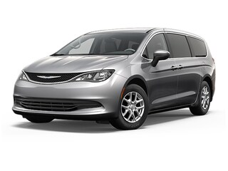 2017 Chrysler Pacifica LX Van 2C4RC1CG6HR513591