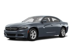 2017 Dodge Charger SE Mid-Size Car