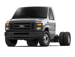 2017 Ford E-450 Cutaway Base Truck