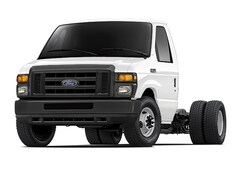 2017 Ford E-450 Cutaway Base Commercial-truck
