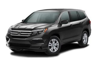 New 2017 Honda Pilot LX 2WD SUV 00H72131 near San Antonio