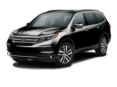 New 2017 Honda Pilot Touring FWD SUV in Bakersfield