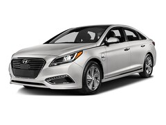 New 2017 Hyundai Sonata Plug-In Hybrid Base Sedan for sale in Anaheim