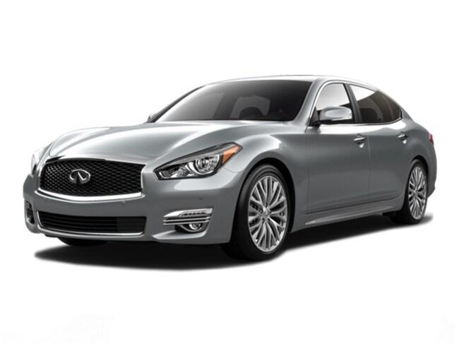 2017 INFINITI Q70L 3.7X Sedan