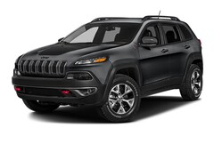 Used 2017 Jeep Cherokee Trailhawk Trailhawk 4x4 *Ltd Avail* in Fort Bragg