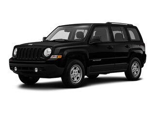 Certified Pre-Owned 2017 Jeep Patriot Sport FWD SUV Tucson