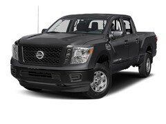 New 2017 Nissan Titan S Truck Crew Cab in Grand Junction