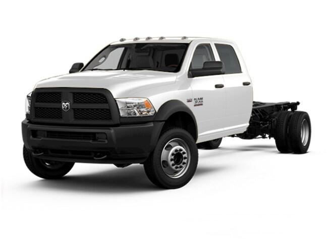 2017 Ram 3500 Chassis Tradesman/SLT/Laramie Truck Crew Cab