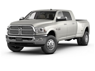 Buy a 2017 Ram 3500 Laramie Cab; Crew; Long Bed in The Dalles, OR