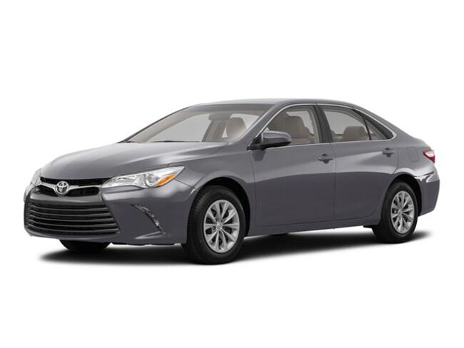 2017 Toyota Camry Hybrid Hybrid LE Sedan